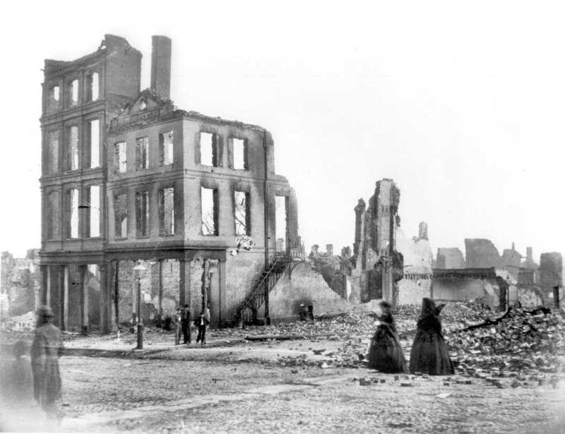 Richmond Ruins after Civil War, Main Street and 14th Streets (1865)